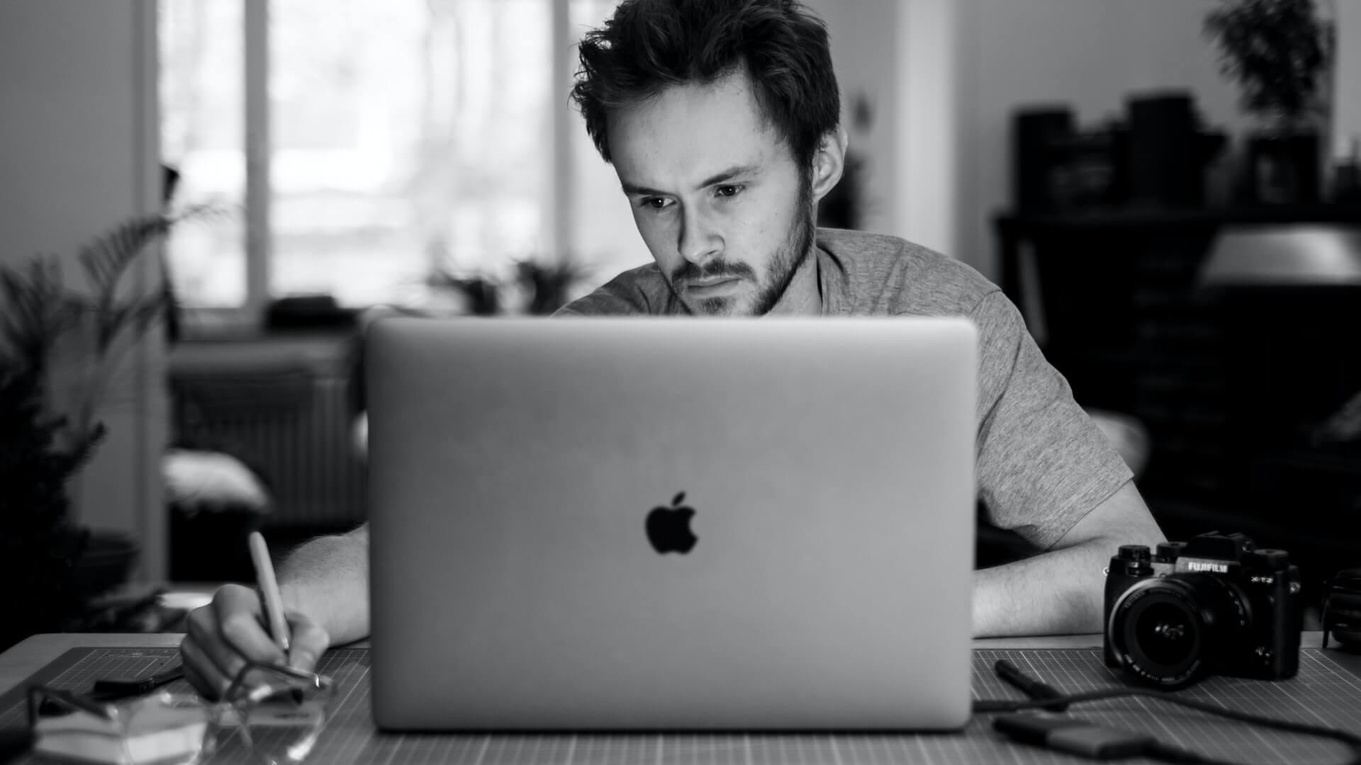 5 Steps to Hire a Logo Designer on Upwork (Visual Guide)