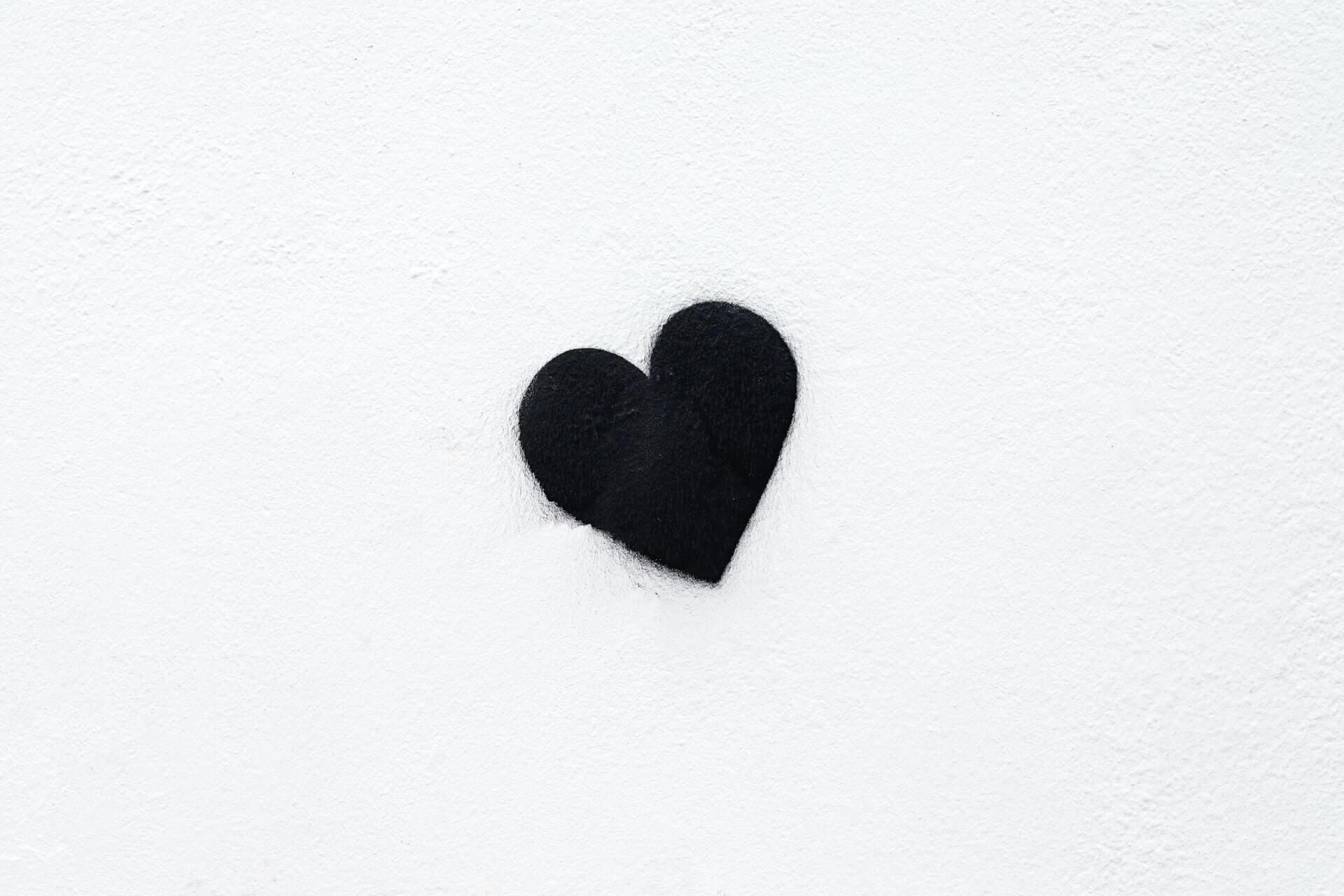 Monotone of logos, heart